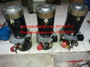 motor-bom-thuy-luc-24v-1-2kw